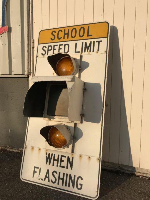 Bordo limite velocità scuola originale